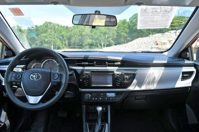 2014 Toyota Corolla LE Naugatuck, Connecticut 13