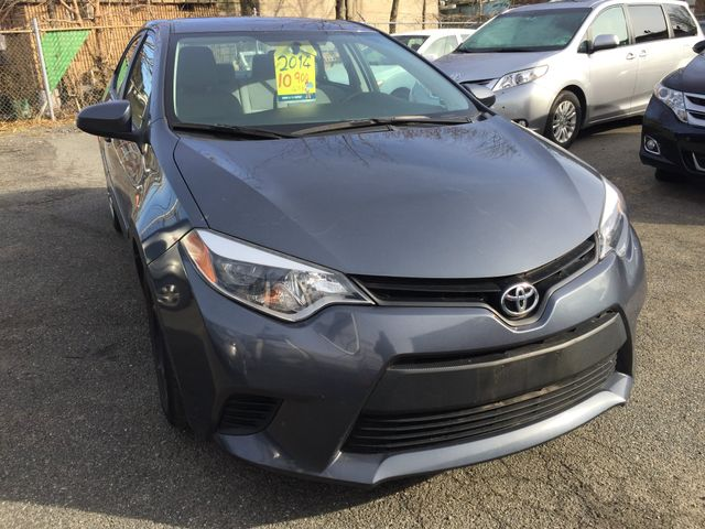 2014 Toyota Corolla LE One Owner Clean Carfax New Brunswick, New Jersey 6