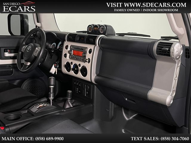 2014 Toyota FJ Cruiser 4x4 in San Diego, CA 92126