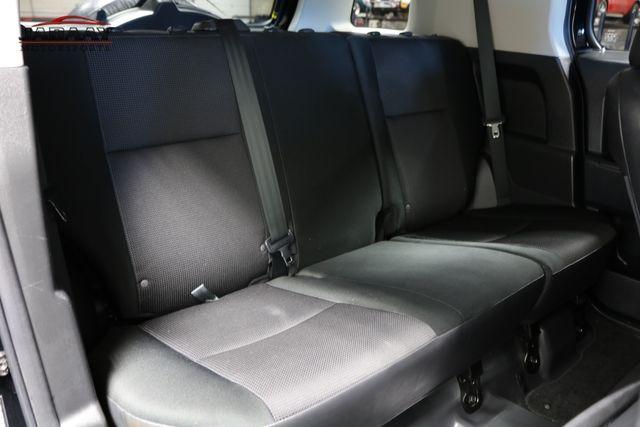 2014 Toyota FJ Cruiser Merrillville, Indiana 13