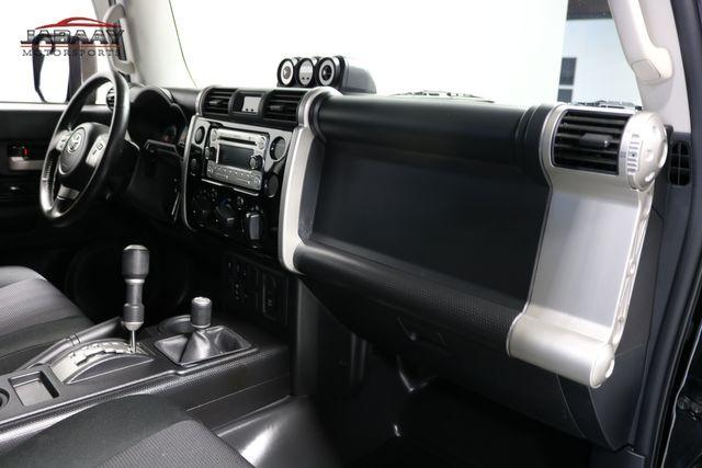 2014 Toyota FJ Cruiser Merrillville, Indiana 16