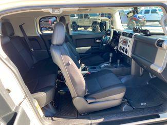 2014 Toyota FJ Cruiser FJ OFF-ROAD PAK YAKIMA BOX CARFAX CERT   Plant City Florida  Bayshore Automotive   in Plant City, Florida