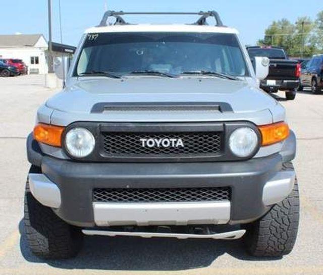 2014 Toyota FJ Cruiser in , Missouri 63011
