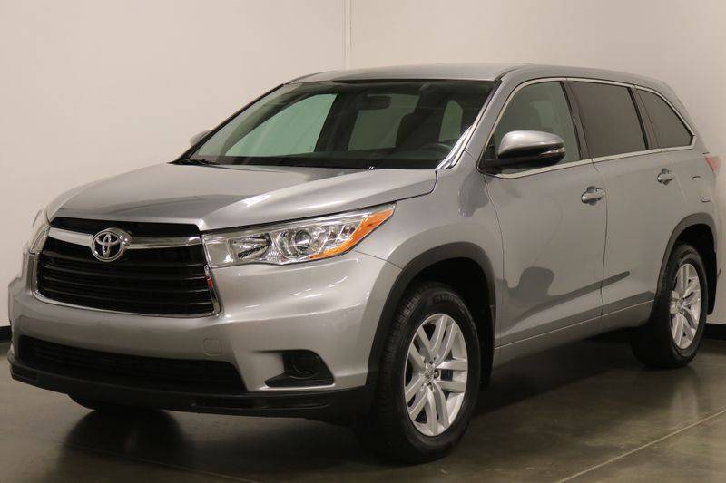 2014 Toyota Highlander LE Plus AWD  city NC  The Group NC  in Mansfield, NC