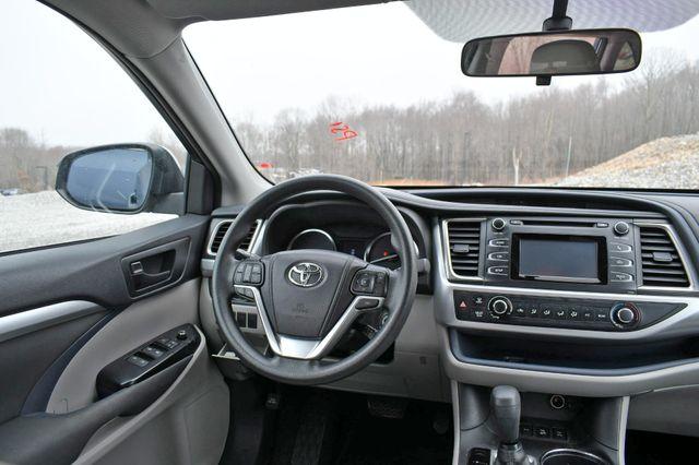 2014 Toyota Highlander LE Naugatuck, Connecticut 15