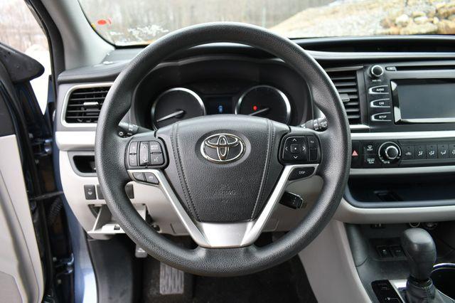 2014 Toyota Highlander LE Naugatuck, Connecticut 19