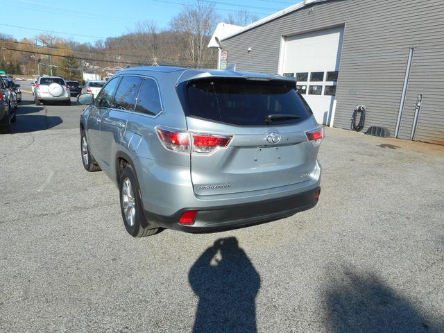 2014 Toyota Highlander XLE New Windsor, New York 3