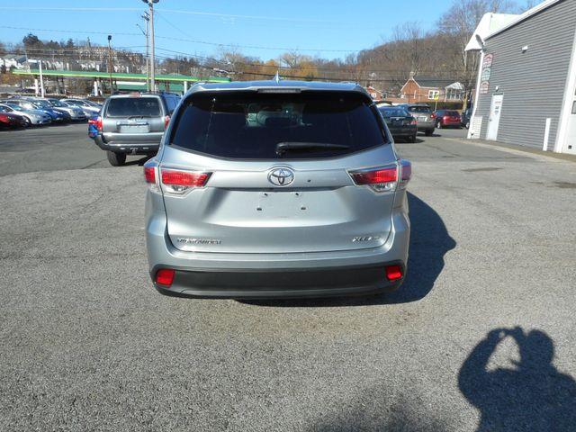 2014 Toyota Highlander XLE New Windsor, New York 4