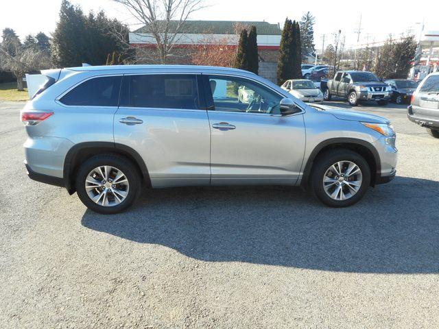 2014 Toyota Highlander XLE New Windsor, New York 7