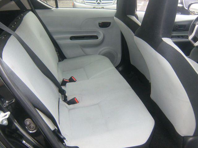 2014 Toyota Prius c Two Los Angeles, CA 7