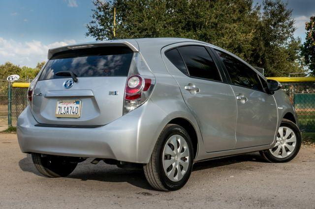 2014 Toyota Prius c One Reseda, CA 9