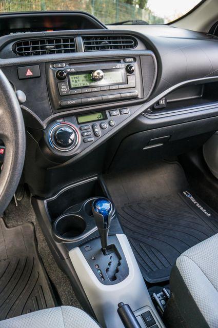 2014 Toyota Prius c One Reseda, CA 24
