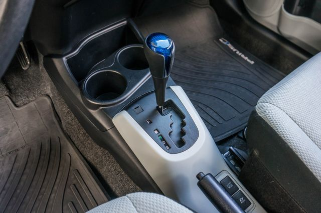 2014 Toyota Prius c One Reseda, CA 26