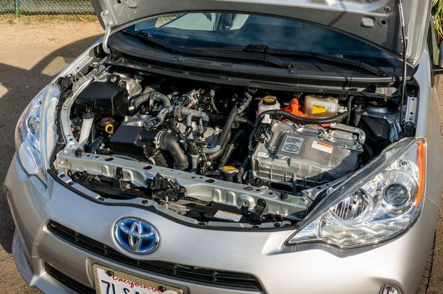 2014 Toyota Prius c One Reseda, CA 35