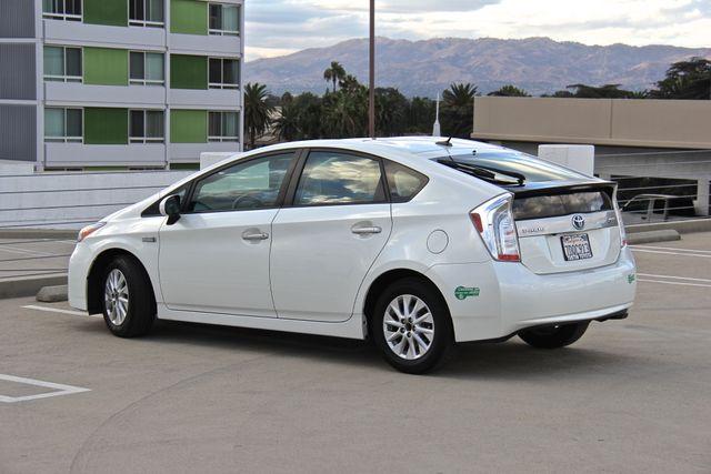 2014 Toyota Prius Plug-In Reseda, CA 11
