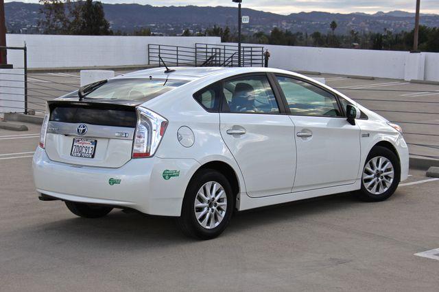 2014 Toyota Prius Plug-In Reseda, CA 21