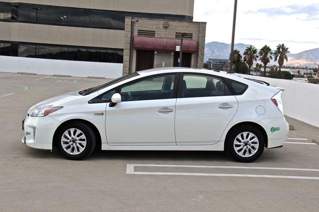 2014 Toyota Prius Plug-In Reseda, CA 7