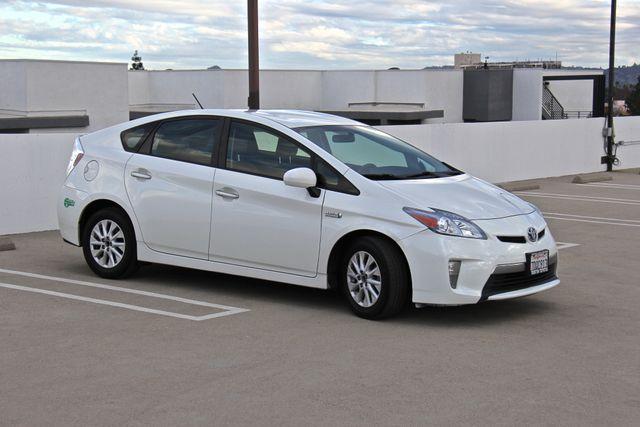 2014 Toyota Prius Plug-In Reseda, CA 9
