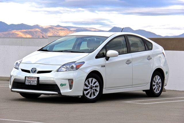 2014 Toyota Prius Plug-In Reseda, CA 0