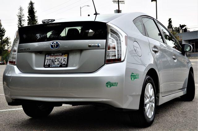 2014 Toyota Prius Plug-In Advanced in Reseda, CA, CA 91335