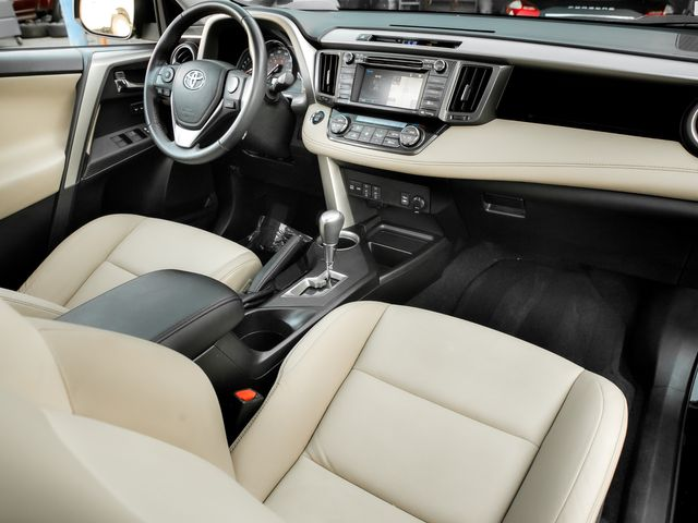 2014 Toyota RAV4 Limited Burbank, CA 11