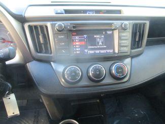 2014 Toyota RAV4 LE Farmington, MN 4