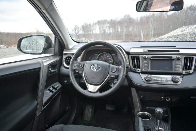 2014 Toyota RAV4 XLE Naugatuck, Connecticut 13