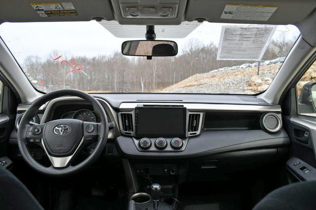 2014 Toyota RAV4 LE Naugatuck, Connecticut 7