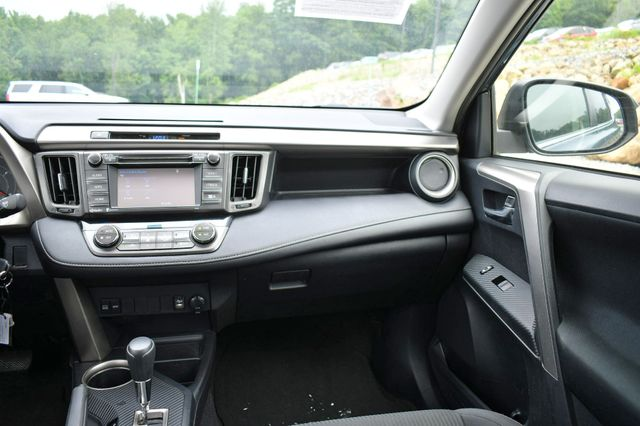 2014 Toyota RAV4 XLE AWD Naugatuck, Connecticut 13