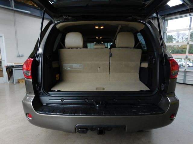 2014 Toyota Sequoia SR5 in Airport Motor Mile ( Metro Knoxville ), TN 37777