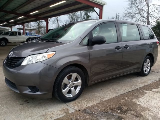 2014 Toyota Sienna L Houston, Mississippi 1