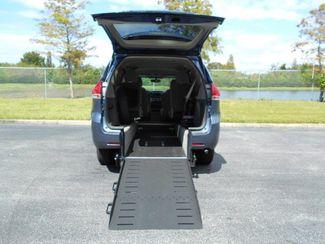 2014 Toyota Sienna Le Wheelchair Van Pinellas Park, Florida