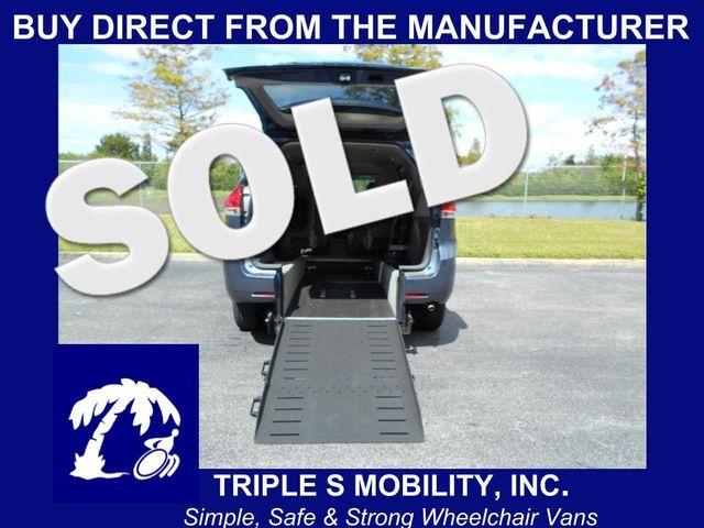 2014 Toyota Sienna Le Wheelchair Van Pinellas Park, Florida 2