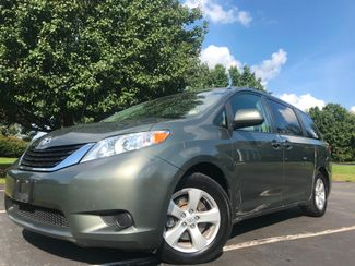 2014 Toyota Sienna LE in Leesburg Virginia, 20175