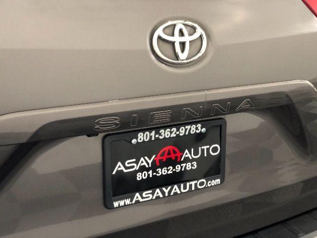 2014 Toyota Sienna XLE FWD 8-Passenger V6 LINDON, UT 9