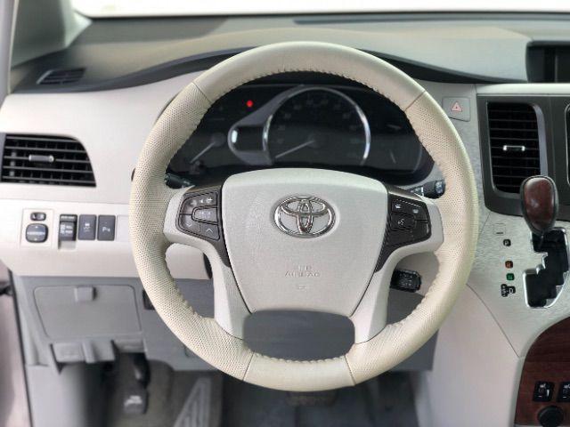 2014 Toyota Sienna XLE FWD 8-Passenger V6 LINDON, UT 29
