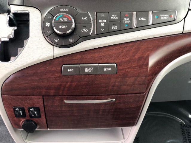 2014 Toyota Sienna XLE FWD 8-Passenger V6 LINDON, UT 31