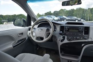 2014 Toyota Sienna Naugatuck, Connecticut 15