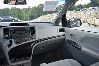 2014 Toyota Sienna Naugatuck, Connecticut 17