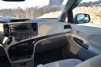 2014 Toyota Sienna LE Naugatuck, Connecticut 16
