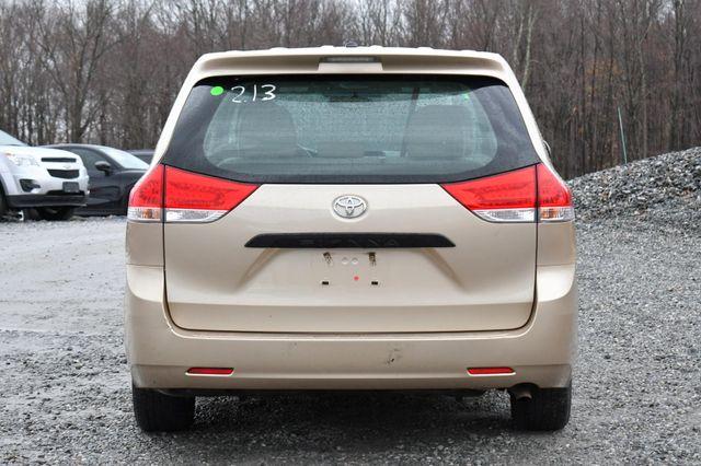 2014 Toyota Sienna Naugatuck, Connecticut 2