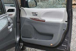 2014 Toyota Sienna XLE AWD Naugatuck, Connecticut 12