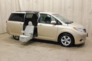 2014 Toyota Sienna Handicap chair in Roscoe IL, 61073