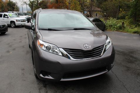 2014 Toyota Sienna LE in Shavertown
