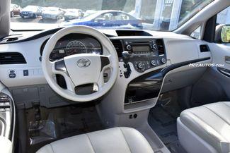 2014 Toyota Sienna L Waterbury, Connecticut 10