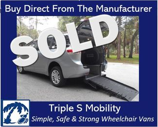 2014 Toyota Sienna Xle Wheelchair Van Handicap Ramp Van Pinellas Park, Florida