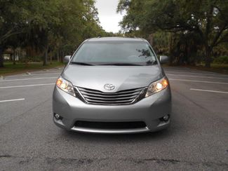 2014 Toyota Sienna Xle Wheelchair Van Handicap Ramp Van Pinellas Park, Florida 3