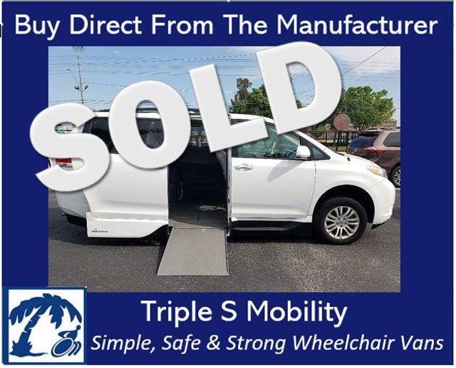 2014 Toyota Sienna Xle Wheelchair Van Handicap Ramp Van