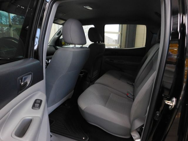 2014 Toyota Tacoma DOUBLE CAB in Airport Motor Mile ( Metro Knoxville ), TN 37777