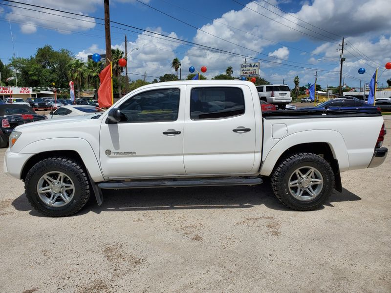 2014 Toyota Tacoma   Brownsville TX  English Motors  in Brownsville, TX